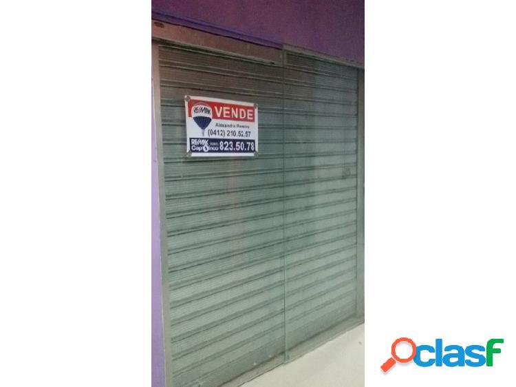 Excelente Local Comercial en Centro Comercial Goajiros