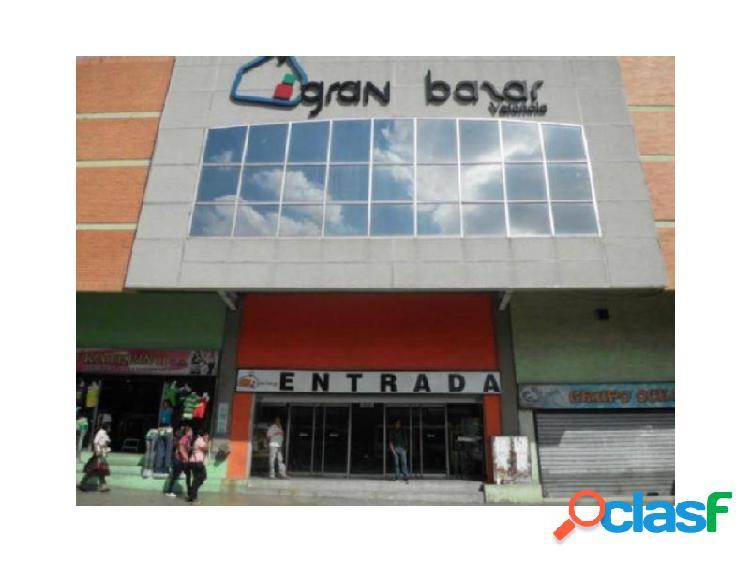 Excelente Local Comercial en la Avenida Lara Código: 270569