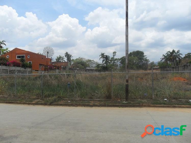 Exclusiva Parcela de Terreno de 2.000 M2 Ubicada Guataparo