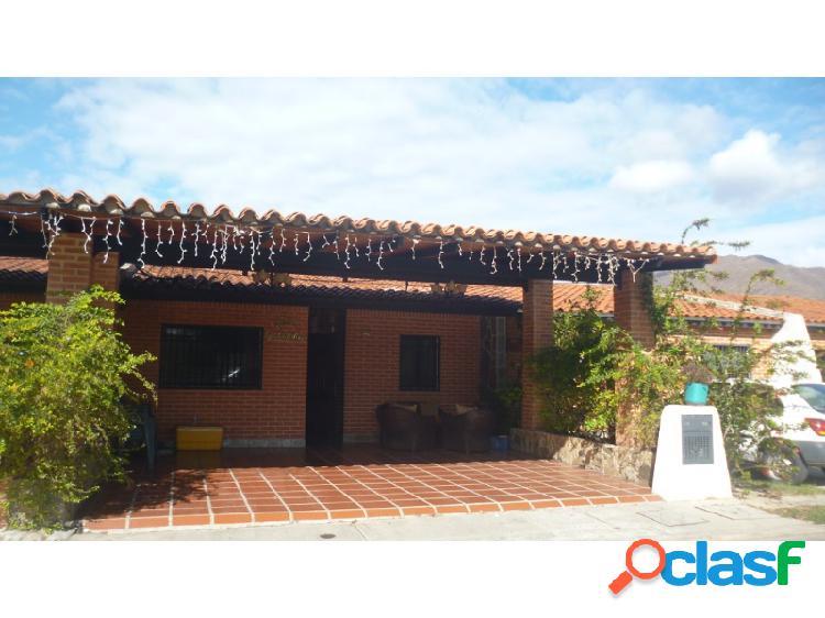 Hermosa Casa en Venta en Tiziana Villas San Diego