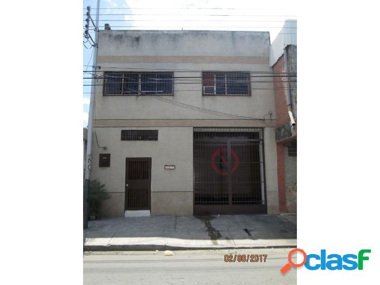 Local Comercial Guacara Centro, con Excelente Apartamento.