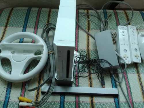 Nintendo Wii Con Controles Y Volante