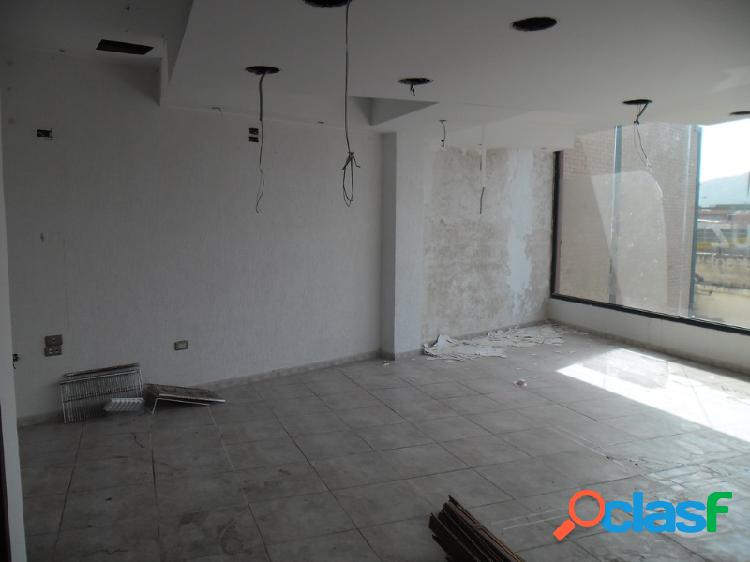 Oportunidad de Adquirir Local Comercial de 84 M2 Ubicado En