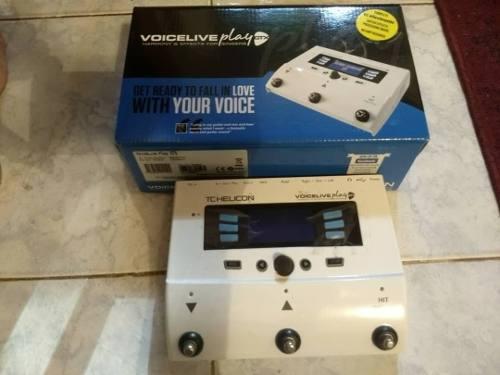 Pedal Modulador De Voz Tc Helicon Voicelive Gtx Play