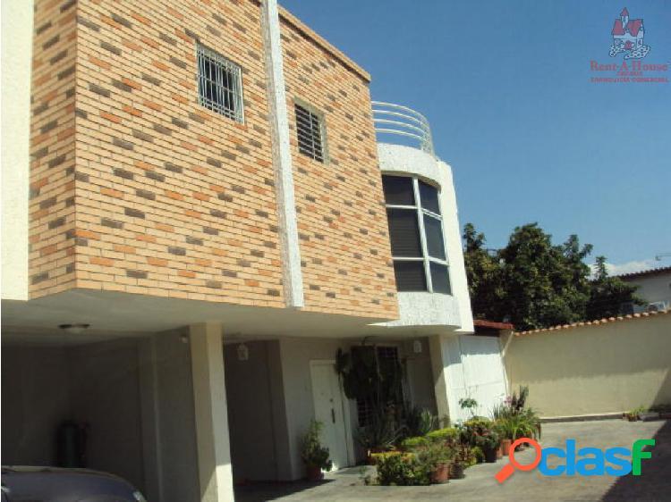 Townhouse Urb La Floresta ZPE 19-4353