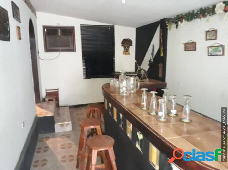 Vendo Casa La Coromoto 19-6899 LPAM