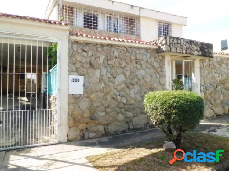 Venta de Casa Quinta En El Parral Código: 251067