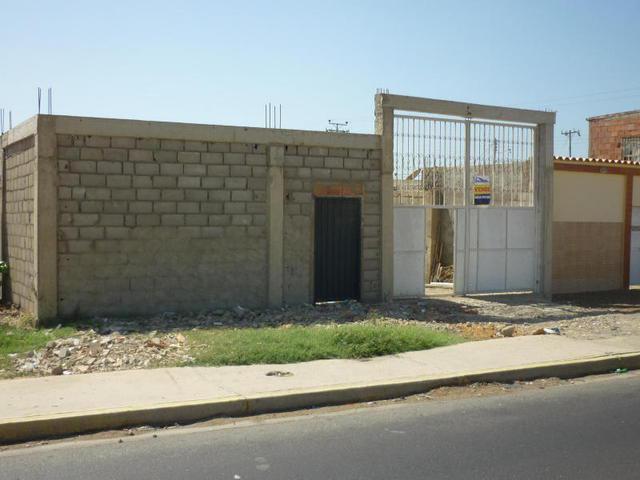 Construcción ideal para Galpón en Punto Fijo - cod: