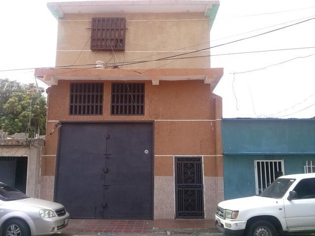Galpon - Deposito en Venta en Belloso en Maracaibo swuetter