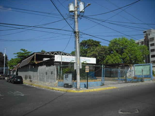 Galpon en Venta Santa Maria Codigo 12-7750, Maracaibo.