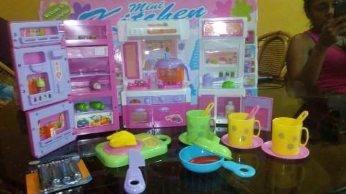 Juego De Cocina De Barbie Con Todos Sus Accesorios