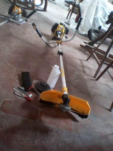 Maquina Desmalezadora Amcon Tools Modelo: Am30048