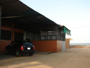 Vendo Galpon en El Milagro Norte, Maracaibo