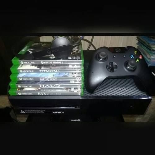 Vendo Xbox One 5 Juegos, 1 Control Todo En Perfecto Estado.