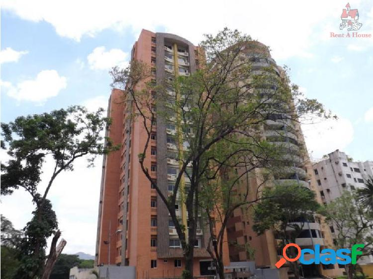 Apartamento en venta en Las Chimeneas 19-9924 AAA
