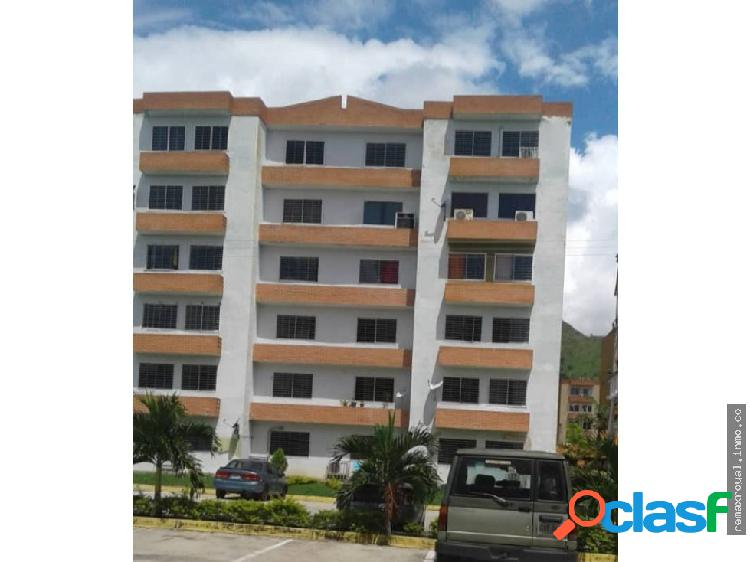 Cód 380385 Bello Apartamento en Residencia Abadía