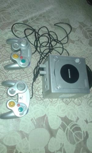 Consola Nintendo Gamecube Plateado Usado