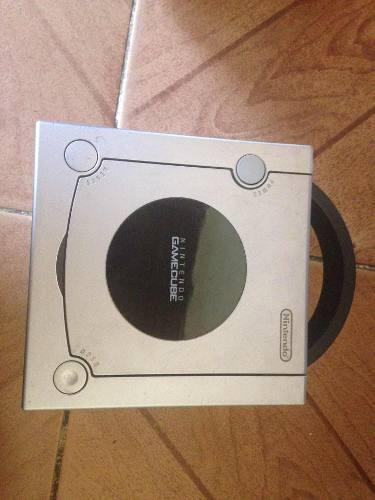Nintendo Game Cube Con 2 Controles Y 11 Juegos Originales