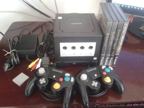 Nintendo Gamecube + 2 Controles + Cables + 4 Juegos