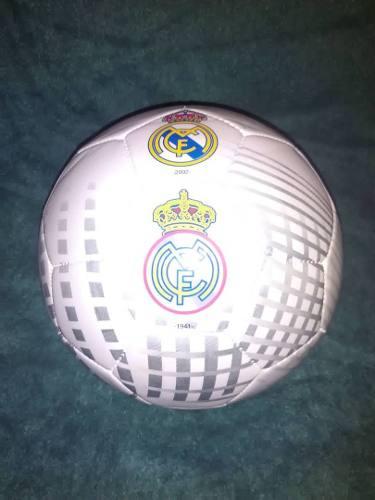 Balon Del Real Madrid Numero 5