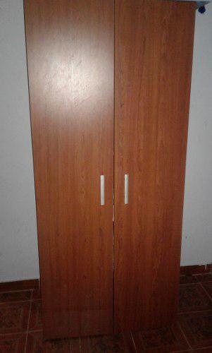 Closet De Madera Mdf, En Buenas Condiciones