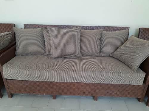 Mueble De Ratan Tejida Color Nogal