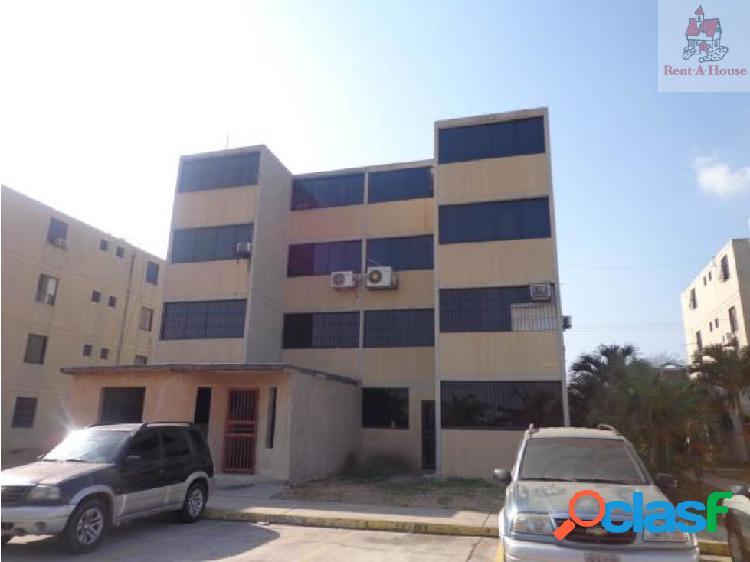 Apartamento en Venta Paraparal AAA 19-7457