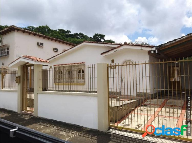 Casa en Urb El Parral