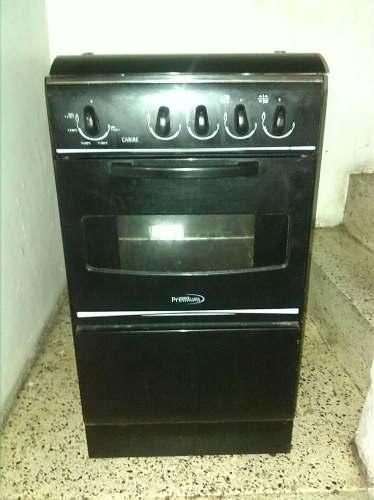 Cocina A Gas Negra De Cuatro Hornillas Casi Nueva