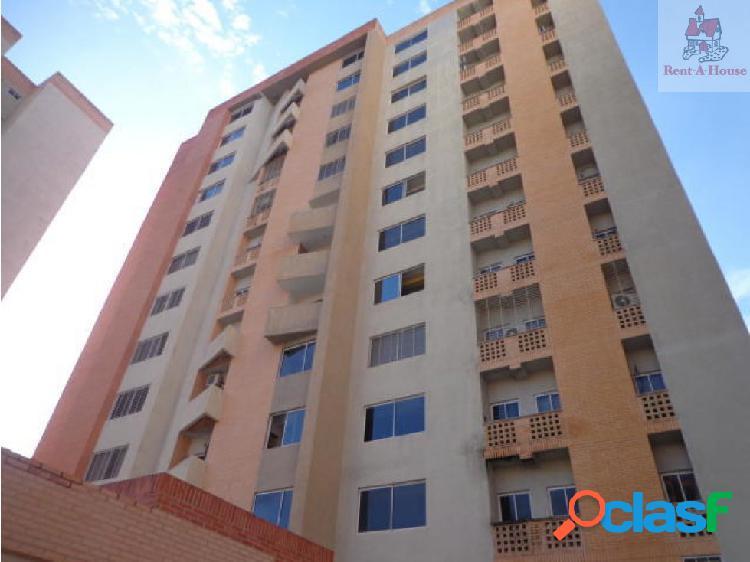 Apartamento en Venta Palma Real Ys 19-9422