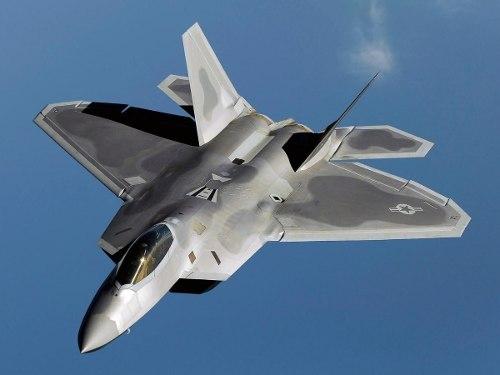 Avion A Escala 1/48 F-22 Raptor Italeri