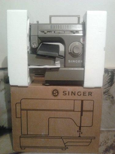 Máquina De Coser Singer Modelo (hd 118), Como Nueva En Su