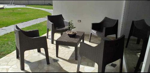 Juego De Muebles Para Jardín,picina, Espacios Al Aire Libre