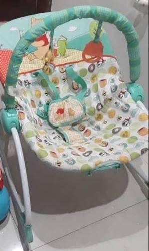Silla Para Bebé Con Sistema De Vibracion