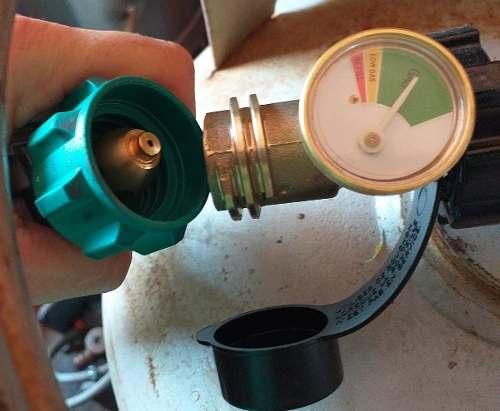 Adaptadores Para Bombona De Gas. Planta Eléctrica