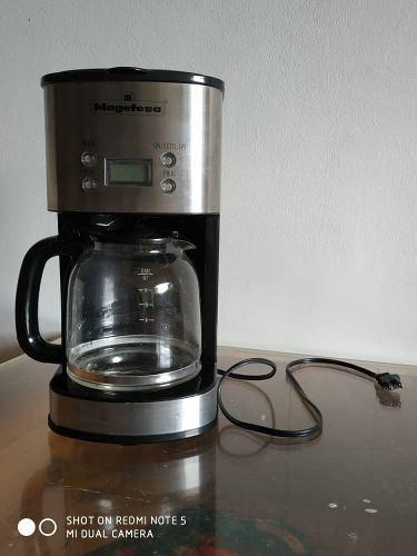 Cafetera Eléctrica Magefesa