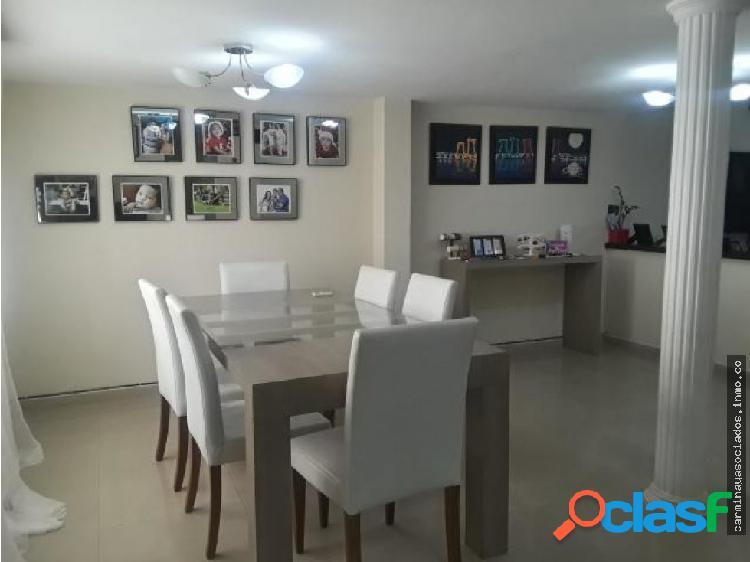 Vendo Casa en la Trinidad MLS 19-12823