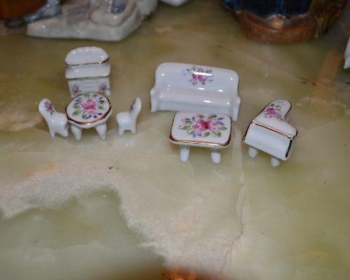 Juego Miniatura De 7 Piezas En Porcelana