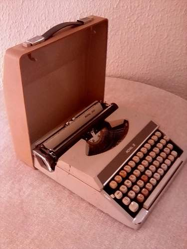 Maquina De Escribir Antigua Coleccion Vintage