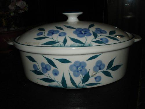 Sopera De Porcelana Blanca Con Flores En Color Azul Perfecto