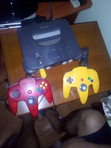 Vendo Consola Nintendo 64 (2 Controles Y Un Juego)