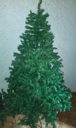 Árbol De Navidad, Oferta. Excelente Estado. Con Adornos.