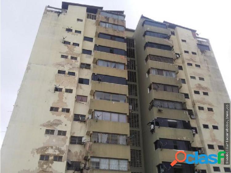 Apartamento En Venta Cumboto 19-9219 JAN
