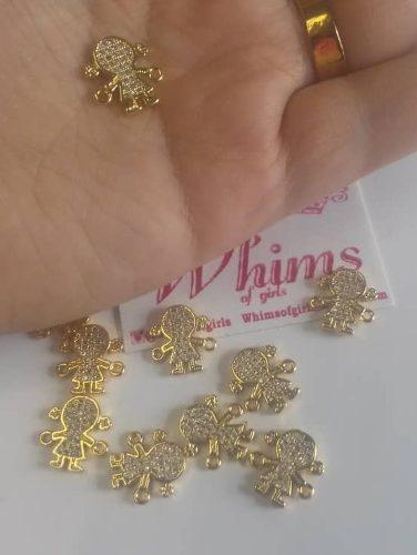 Dijes Con Circones Cristales En Oro Laminado Zircon