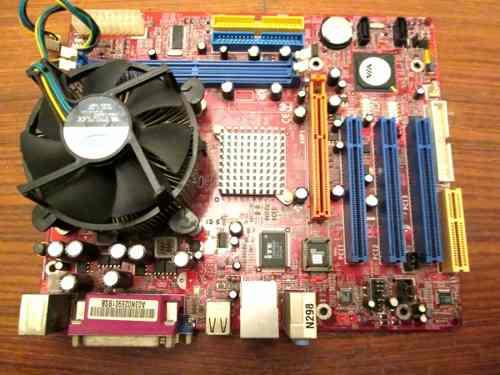 Tarjeta Madre Con Procesador Pentium Iv