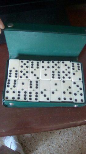 Juego De Domino Con Estuche Y Juego De Ajedrez Nuevos
