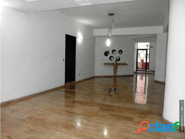 Cód 324685 Exclusivo Apartamento en El Parral