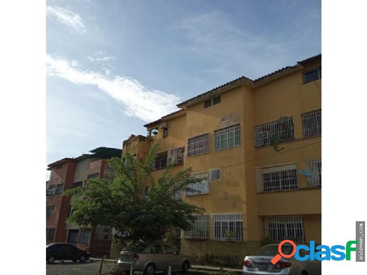 Ancoven Premium Vende Apartamento Duplex