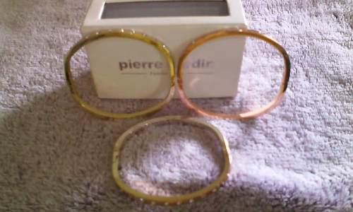 Set De 3 Pulseras Símil Oro Con Cristales Pierre Cardin
