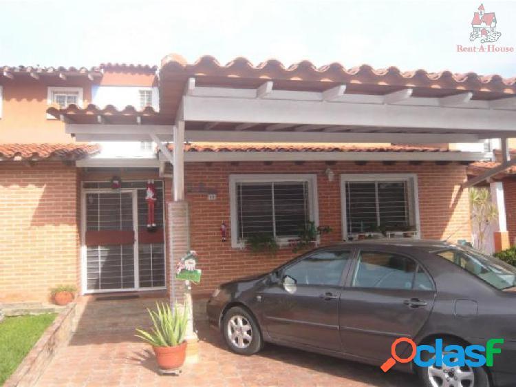 Townhouse en Venta Las Quintas Ys 19-134